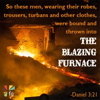 Daniel 3:21